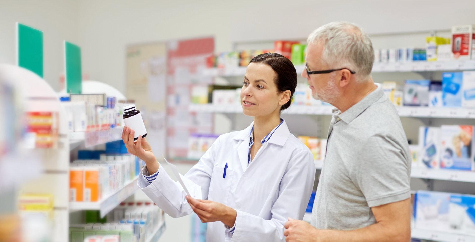 pharmacist explaining the product to the customer